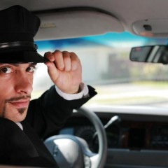 Top Reasons to Hire Maxi Cab in the City